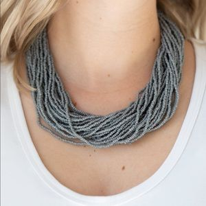 Jewelry - Gray seed bead necklace. NWT.